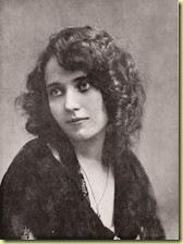 1921 Pauline Pô